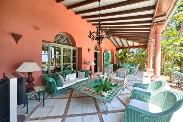 5 Sovrum5, Badrum Villa Till Salu i Las Chapas, Marbella