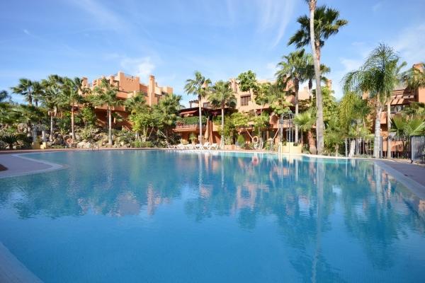 3 Sovrum2, Badrum Lägenhet Till Salu i La Alzambra Hill Club, Nueva Andalucia, Marbella