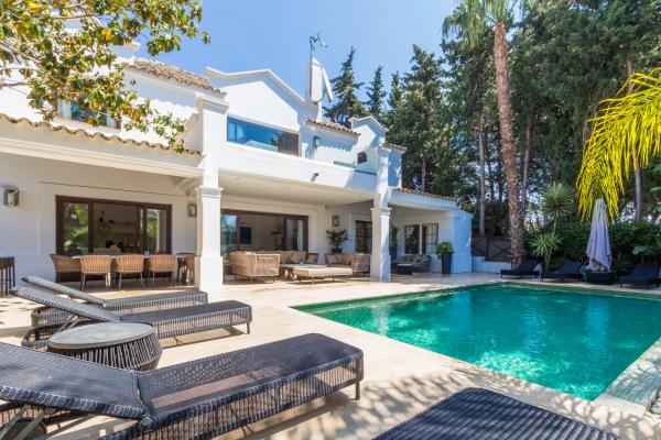 4 Sovrum, 4 Badrum Villa Till Salu i The Marbella Club