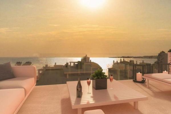 3 Bedroom, 2 Bathroom, Penthouse for Sale in Lar Bay, Benalmadena
